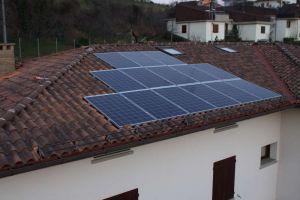 Impianto-fotovoltaico-civile-modena3